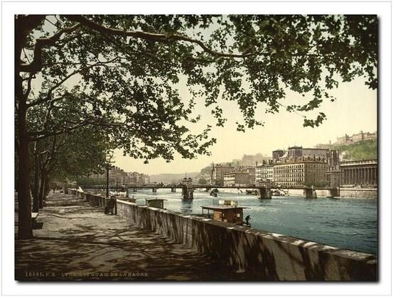 Quai de Saône et Passerelle du Palais de Justice